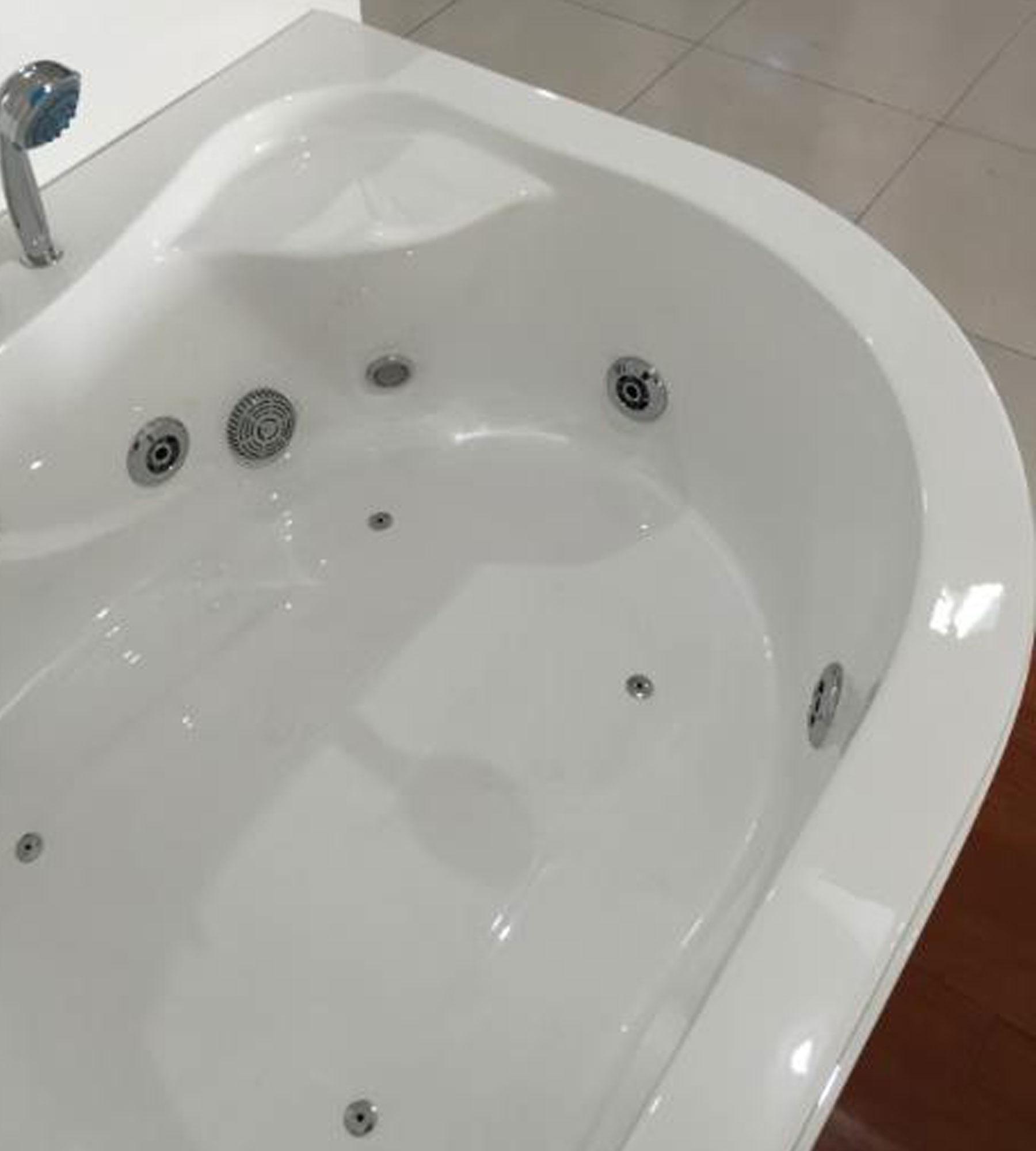 Havana – Whirlpool Corner Bathtub for 2 persons 170 X 115 cm ...